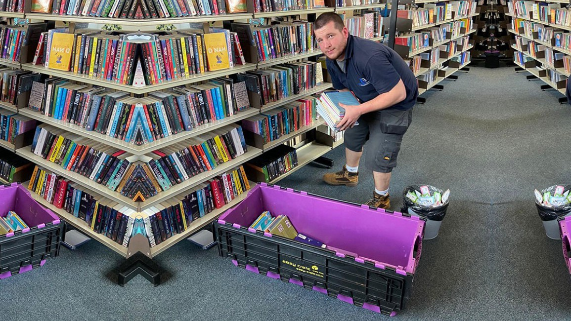 Easycrate: Simply Perfect for Library Moves